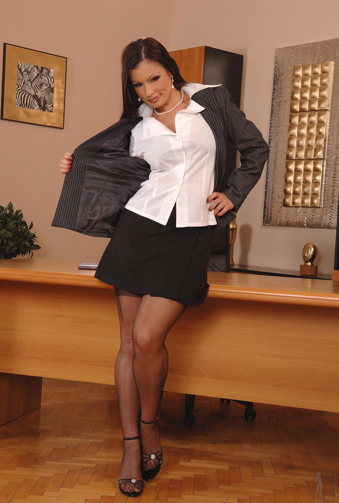 секс секретарша в брюках - 13