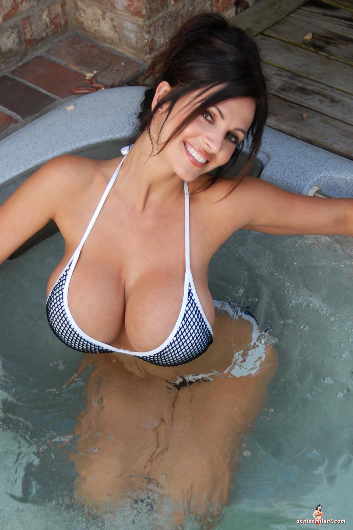 Denise-Milani-Hot-Tub-3  Sexy Women-6133