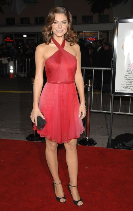 Maria Menounos sexy red dress